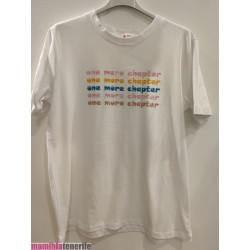 Camiseta One More Chapter